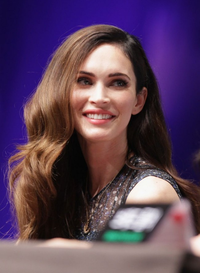 Megan-Fox-at-Teenage-Mutant-Ninja-Turtles-Photocall-in-Sydney-Pictures-8